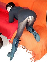 Women in Pantyhose - Pantyhose Seamless