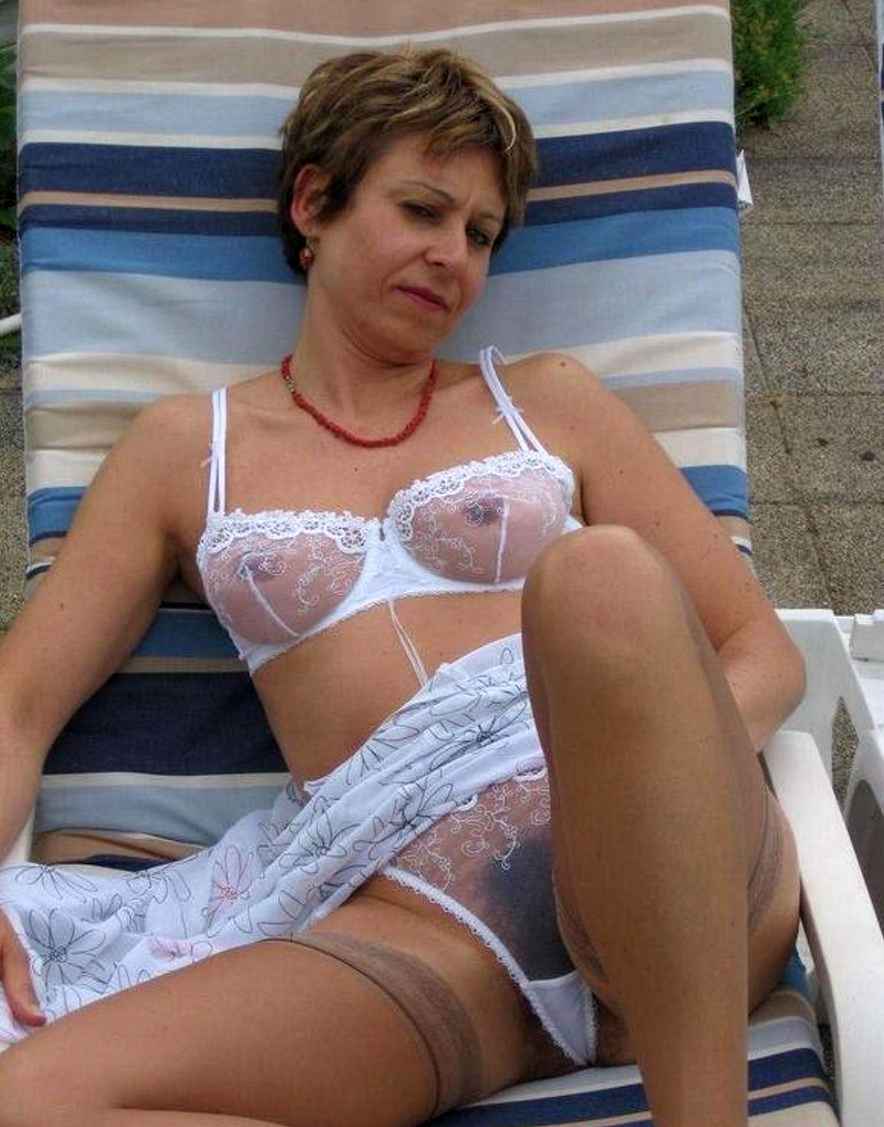 For Amateur mature milf stockings
